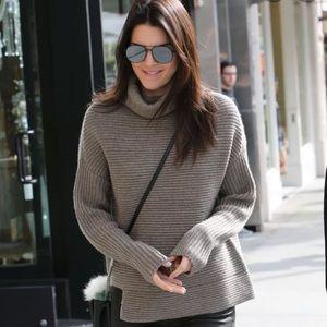 ✨ Aritzia Babaton Mika Sweater XS (black and grey)